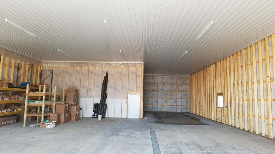 commercial construction in hortonville, wi. New construction of a storage garage for Hansen Septic